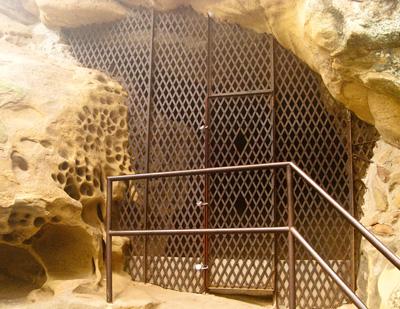 cave_entrance.jpg
