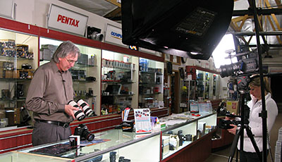 Servicing both the professional and amateur photographer community Since , Samy's Camera's knowledgeable sales staff and exceptional customer service has made it one of the most trusted sources for camera gear and photography products.