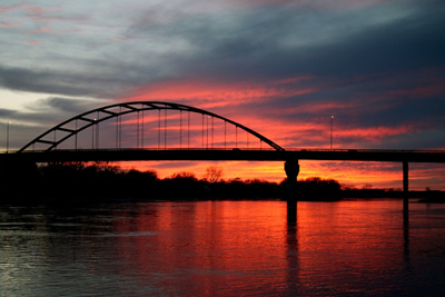 sunset_bridge.jpg